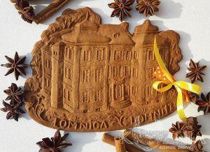Piernik figuralny przedstawiający Pałac w Łomnicy